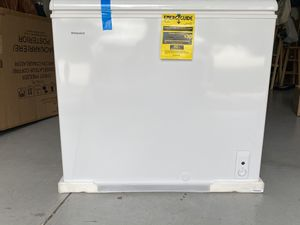 7.1cu ft chest freezer Hot Point ( brand new in the box ) for Sale in Tampa, FL