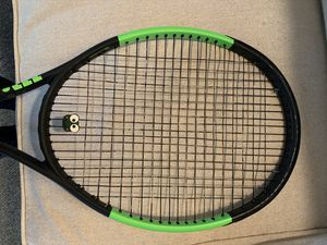 Wilson Blade Autographed Serena Tennis Racket for Sale in Solana Beach, CA