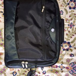 """HP Nylon Laptop Case 17"""" x 14"""" ( New ) for Sale in West Carson, CA"""