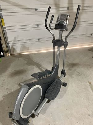 ProForm 390 E Elliptical Trainer for Sale in Kennedale, TX
