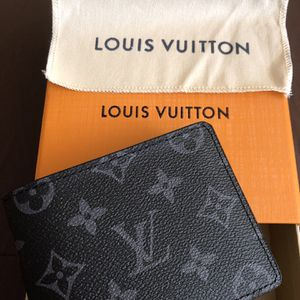 Louis Vuitton Wallet bifold Eclipse Monogram New for Sale in Brooklyn, NY