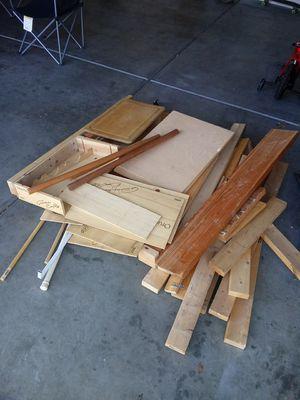 free scrap wood for Sale in Henderson, NV