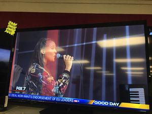 Vizio smart TV 60 inch for Sale in Austin, TX