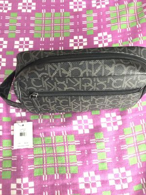 Celvin Klein - Hand bag for beauty and makeup stuff for Sale in Irving, TX