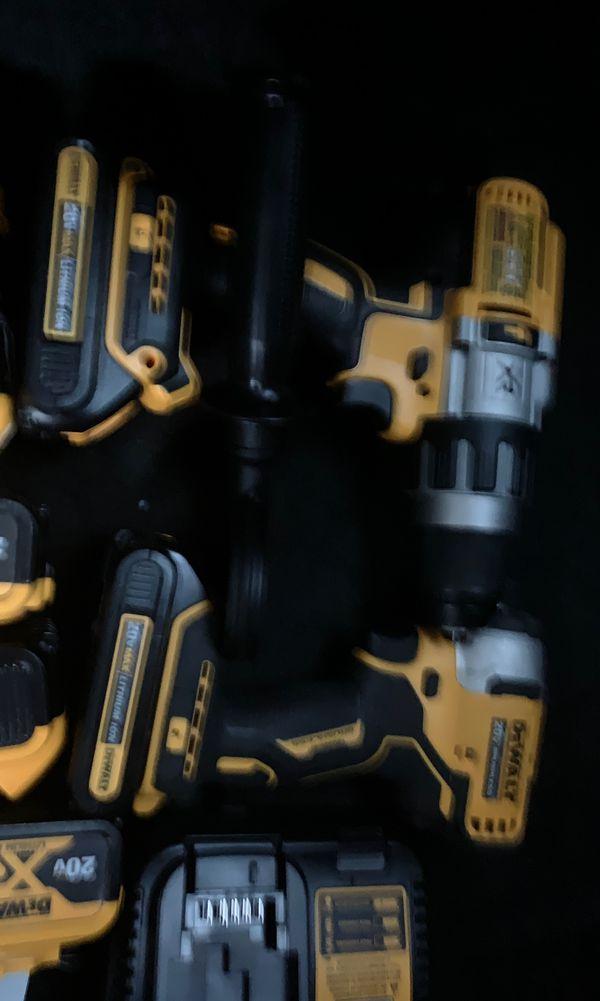 Dewalt 5AH 2 Drills