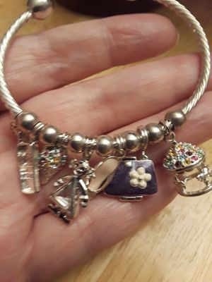 Sterling silver solid charm bracelet for Sale in San Francisco, CA