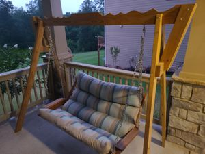 Porch swing and stand for Sale in Douglasville, GA