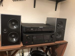 HiFi bookshelf speaker system for Sale in Seattle, WA