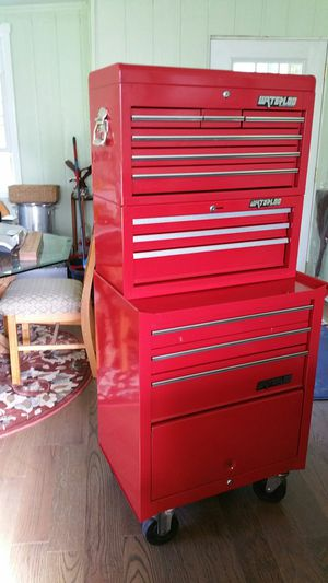 Professional tool chest in good condition. for Sale in Marietta, GA