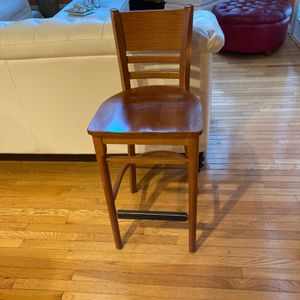 4 chairs heigth stools for Sale in Manassas, VA