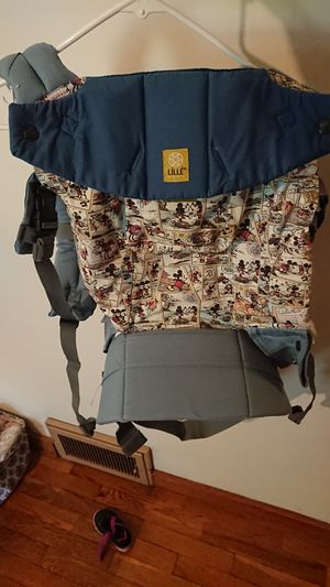 Lillebaby Complete Disney sling baby carrier for Sale in Herculaneum, MO