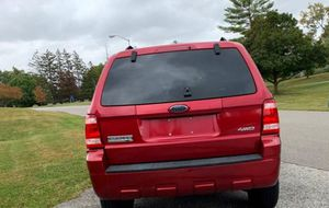 Great 08 Ford Escape 4WDWheels Clean for Sale in Stamford, CT