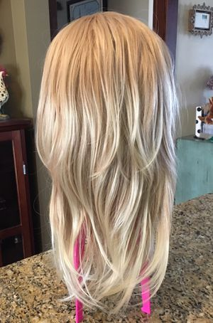 Large cap Blonde Wig for Sale in Buffalo, NY