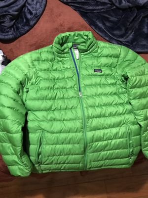 patagonia jacket size XL(14) boys for Sale in Palo Alto, CA