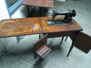 Antique Singer Sewing Machine for Sale in Chesapeake, VA