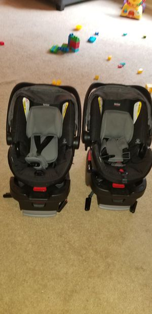 Britax baby car seat for Sale in Rensselaer, NY
