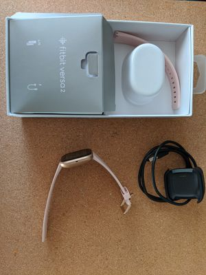 FitBit Versa 2 Rose Gold for Sale in Fresno, CA