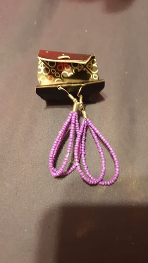 5 dollar earrings for Sale in Cartersville, VA