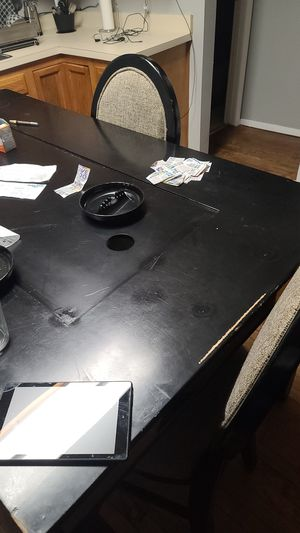 4 chairs for Sale in Cleveland, OH