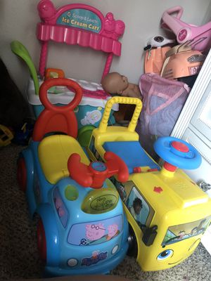 Peppa Car And Wheels On Buss Bundle for Sale in Ontario, CA