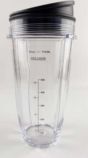 New nutri Ninja 24 oz cup with sip & Seal lip for pro complete blender for Sale in Fontana, CA