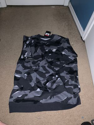 Nike Long Sleeve Size Large for Sale in Bowie, MD