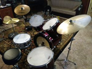 5 pc drum set with symptoms hardware n throne..PDP..$650 for Sale in Philadelphia, PA