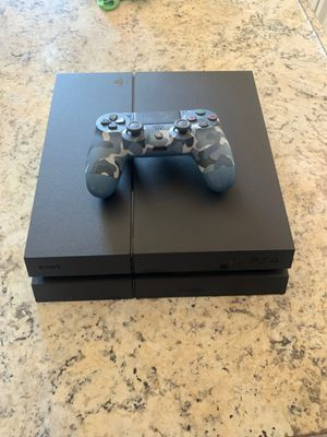 Ps4 500gb and controller for Sale in Ontario, CA