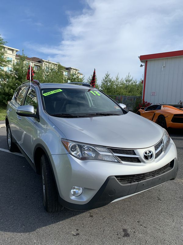2013 Toyota RAV 4 XLE AWD- EVERYONE'S APPROVED!