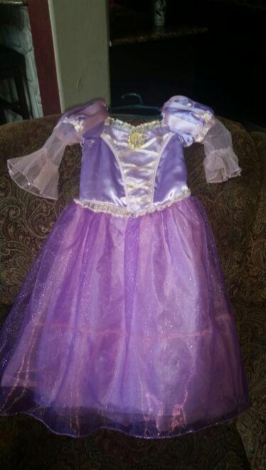 Disney Rapunzel dress, size 2/3 BRAND NEW