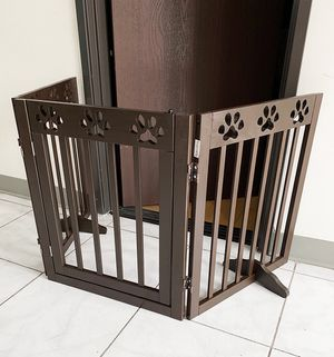 """$55 NEW Wooden 3-Panel Pet Dog Safety Fence Configurable Folding Standing Wood Gate 60""""x24"""" for Sale in Whittier, CA"""