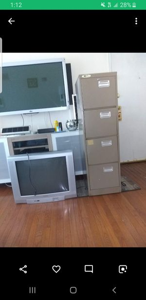 Metal file cabinet(no keys) for Sale in Olney, MD
