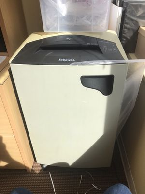 Fellowes Shredder for Sale in Washington, DC