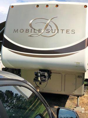 **QUICK SALE $25,500 DRV 5th Wheel DRV 2009 36RSSB for Sale in Lithia Springs, GA