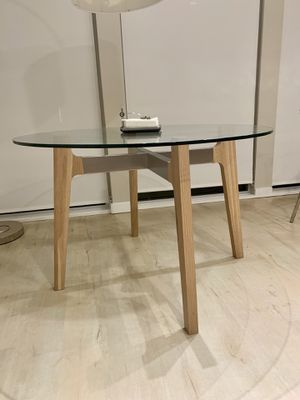 Round Dining Table for Sale in San Francisco, CA