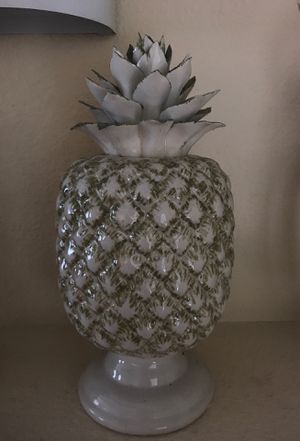 Pineapple decor for Sale in Tujunga, CA
