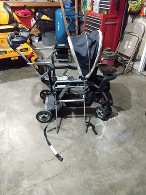 Double stroller- baby trend for Sale in Imperial, MO