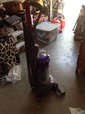 Dyson vacuum in good condition for Sale in Orlando, FL