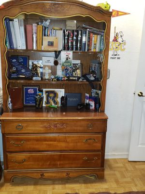 3 Dresser drawer with bookshelves for Sale in Fontana, CA