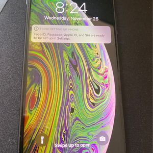 iPhone XS Factory Unlocked To Any Carrier 256GB Great Condition for Sale in Virginia Beach, VA