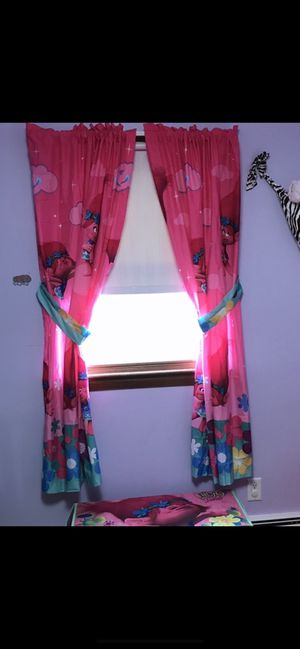 Dream works trolls curtains for Sale in Taunton, MA