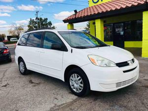 2004 TOYOTA SIENNA for Sale in Las Vegas, NV