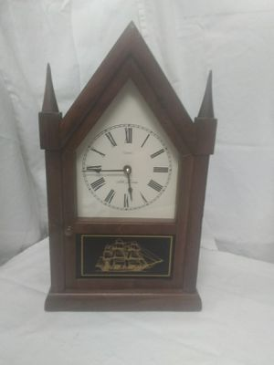 ANTIQUE SETH THOMAS STEEPLE CATHEDRAL MANTLE CLOCK RUNS WELL for Sale in Las Vegas, NV