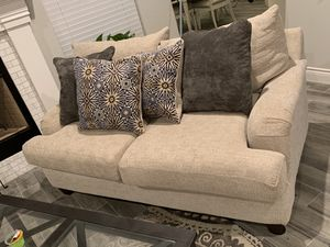 Sofa and loveseat for Sale in Fort Worth, TX