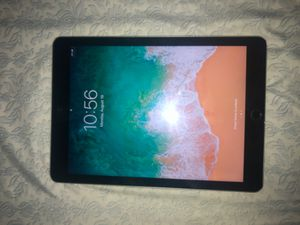 iPad 5th generation - 128GB, excellent condition for Sale in Indianapolis, IN