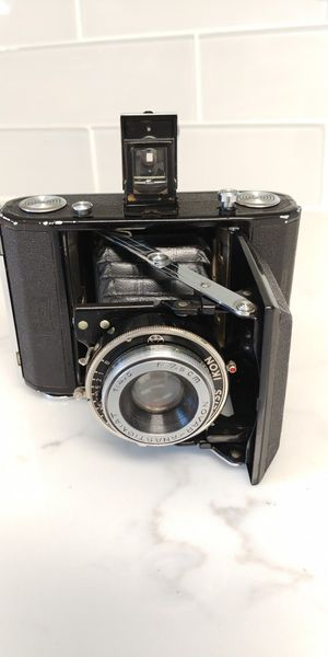 ZEISS IKON 120 FILM CAMERA for Sale in San Antonio, TX