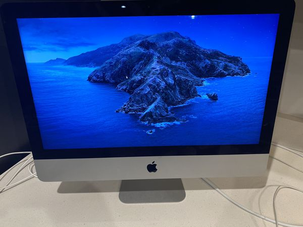 "Apple iMac 21.5"" Desktop - MK452LLA (Late 2015)"
