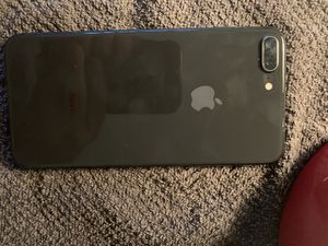 iPhone 8 Plus for Sale in Canton, GA