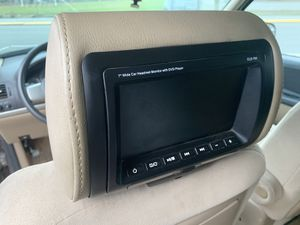 "7"" head rest screens with DVD player for Sale in Seattle, WA"