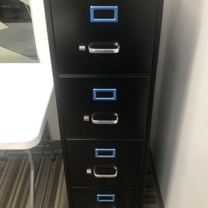 New 4 Drawer Filing Cabinet With Lock And Keys for Sale in Orlando, FL